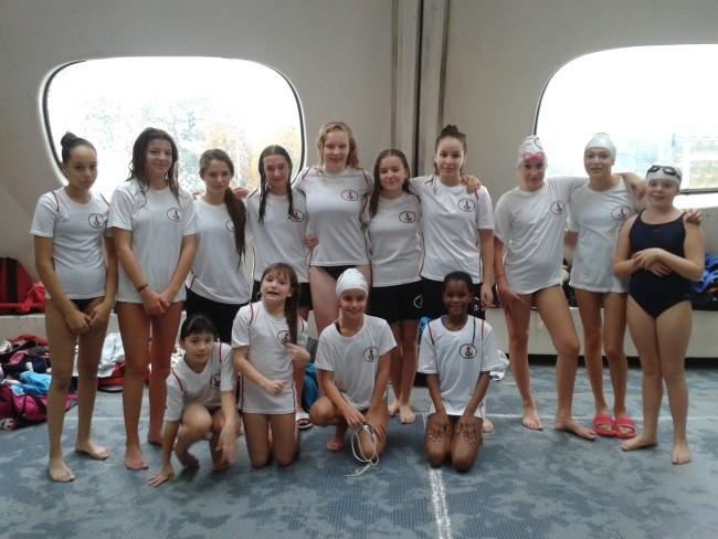 Equipe Jeunes Filles UJSM Natation