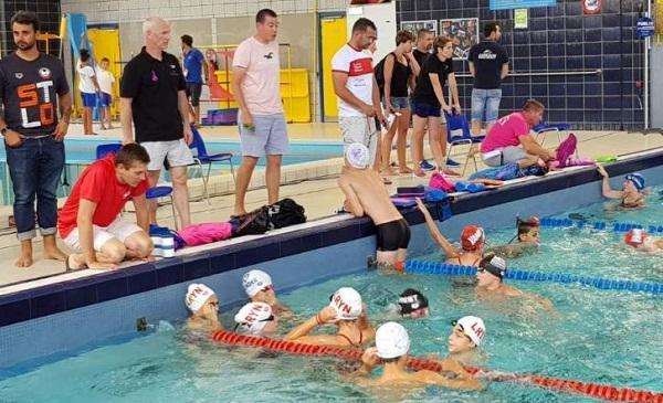 Échauffement des nageurs